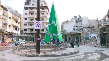 En video | Así renace el espíritu navideño en una ciudad devastada por la guerra