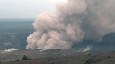 Advierten de riesgo de erupción a gran escala de volcán de Hawái
