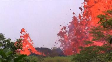 Lava volcánica en el océano, el peligroso fenómeno que ocurre en Hawái