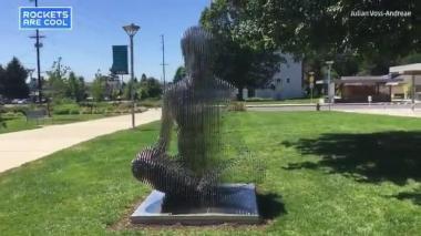 Estas son las esculturas que desaparecen al cambiar el ángulo