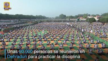 En video | Así celebró India el Día Internacional de la Yoga