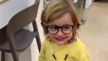 Toni con sus primeros lentes.