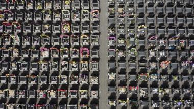 La curiosa tradición en China para homenajear a sus ancestros
