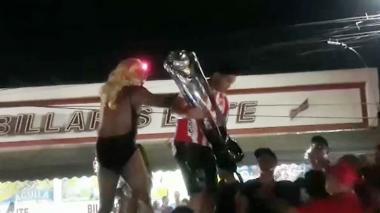 En video   Teo siguió con el festejo de la novena estrella en Simón Bolívar y La Chinita
