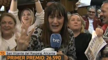 En vivo | Reportera española se gana la lotería en plena transmisión
