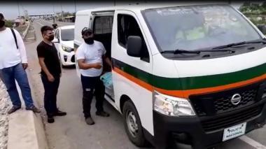 Comerciantes de Barranquillita entregan ayudas a familias de Tasajera