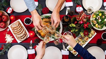 Alistando todo para la celebración navideña