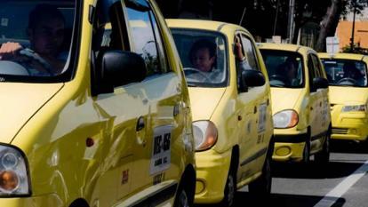 Taxistas serían afiliados al Sistema de Protección Social