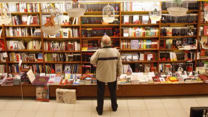 Francia garantiza futuro de los libreros
