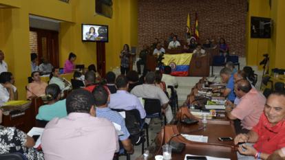Alertan sobre construcción de centro comercial que podría deteriorar murallas de Cartagena