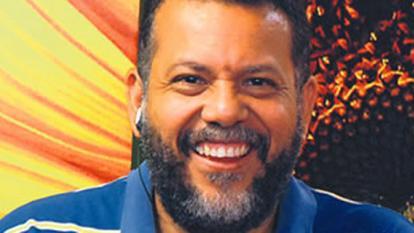 El padre Linero y Noel Díaz estarán en el lanzamiento del canal católico El Sembrador