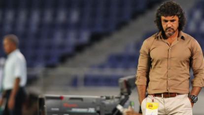 Leonel Álvarez se quejó de malos olores en sala de prensa del Metropolitano y luego habló de Junior vs DIM