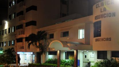 En la clínica de La Asunción se encuentra hospitalizado el cantante Beto Zabaleta bajo pronóstico reservado.