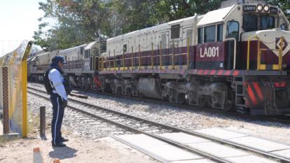 Este es uno de los trenes que pasan a diario por Bosconia.
