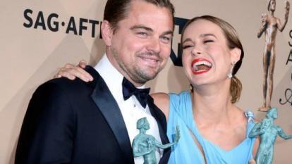 """Leonardo DiCaprio (""""The Revenant"""") y Brie Larson (""""Room"""") confirmaron su condición de favoritos en vistas a los Óscar."""