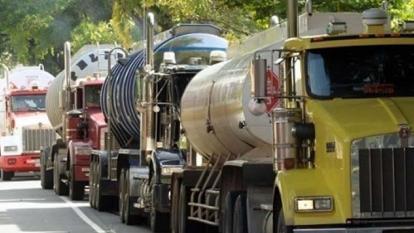 Gremios alertan sobre consecuencias de un mes de paro de transportadores