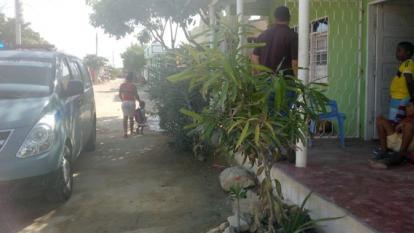 En esta vivienda del barrio Las Flores debía estar cumpliendo la casa por cárcel José Ramos, pero el Inpec no lo encontró en la revista que le hicieron.