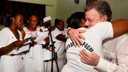 Víctima de matanza de Bojayá ratifica respaldo al presidente Santos en  búsqueda de la paz