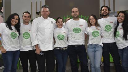 De izquierda a derecha, Sandra Carvajalino, Juan Pablo Figueroa, Guillermo Mendoza, Nancy Cabrera, Sam Arana, Cindy Durán, Orlando Malkún y Diana Bolaños.