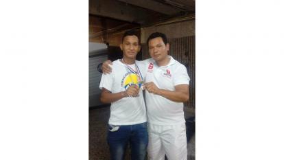 Juan Pablo Ruiz (i) y su padre Francisco Ruiz.