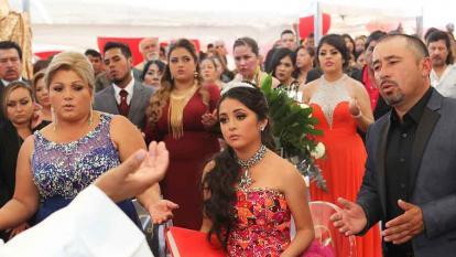 Los 15 años de Rubí, una fiesta agridulce con miles de asistentes y un muerto
