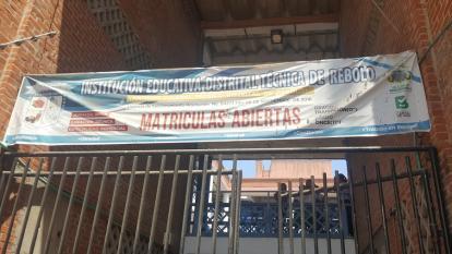 Denuncian intoxicación de más de 100 estudiantes en Rebolo