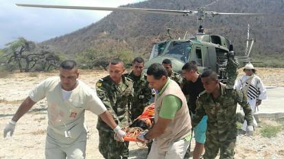 Soldados la rescataron de la Sierra Nevada y salvaron su vida