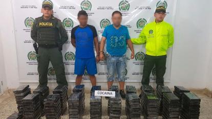 Llevaban cargamento de coca en un camión de mudanza