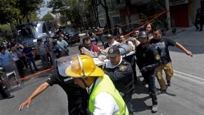 Santos y otros líderes mundiales muestran su apoyo a México tras tragedia