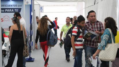 En Feria VIS, más de 5.000 familias van tras la oportunidad de tener casa propia