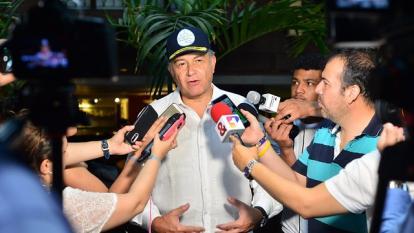 Gobierno desmiente diálogos con EPL y advierte que la decisión es perseguirlos