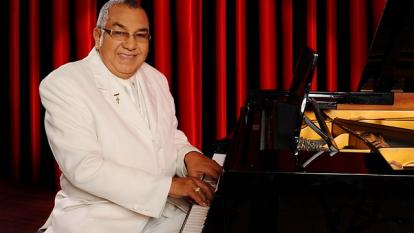 Alci Acosta prepara su concierto sinfónico