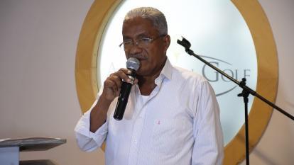 Enrique Escobar, alcalde de Repelón, durante su intervención en la presentación del proyecto de inversiones en municipio del sur del Atlántico.