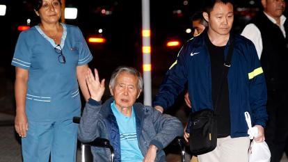 Fujimori debe 15 millones de dólares en reparaciones