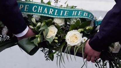 Francia rinde homenaje a víctimas de los atentados yihadistas