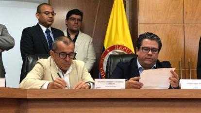 El director general de la Upme, Ricardo Humberto Ramírez Carrero, y el ministro de Minas y Energía, Germán Arce Zapata.