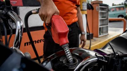 Precio de los combustibles en Barranquilla baja 4 pesos