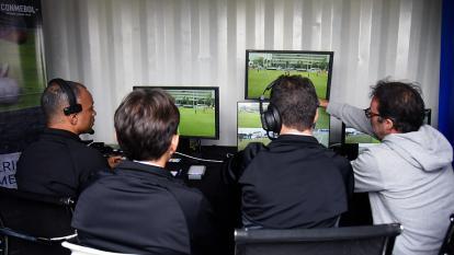 Consejo de la Fifa le subió el pulgar al VAR en Bogotá