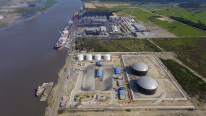 Palermo ZF hizo operaciones offshore por USD127 millones