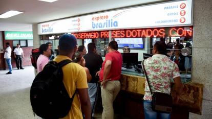 Usuarios en la Terminal.