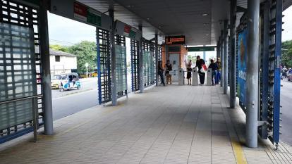 Una de las estaciones del Sistema Masivo de Transmetro.