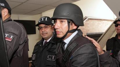 El exfiscal Anticorrupción Moreno, al momento de salir de una audiencia.