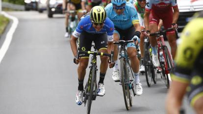 El ciclista colombiano Esteban Chaves durante la décima etapa del Giro de Italia.