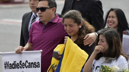 Ecuador rinde tributo a equipo de periodistas asesinado