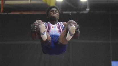 Cuba reina en gimnasia masculina con Manrique Larduet