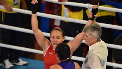 Yeni Arias repartió buenos puños y clasificó a las semifinales en los Juegos 2018