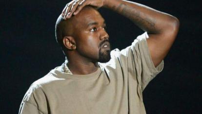Kanye West cambia su nombre y lo anuncia en Twitter