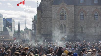 Canadá, segundo país que legaliza la marihuana para su uso recreativo
