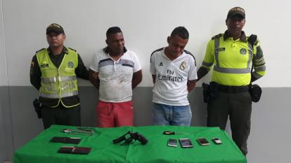 Luis Eduardo Valencia Iriarte, de 36 años, y Juan Bautista Campo Hernández, de 49, capturados por el hurto.