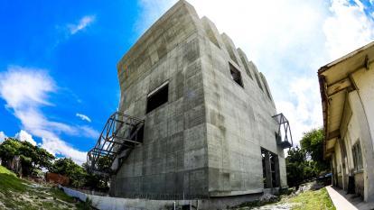Estado actual del Museo de Arte Moderno de Barranquilla, cuya obra está paralizada desde hace 11 meses.